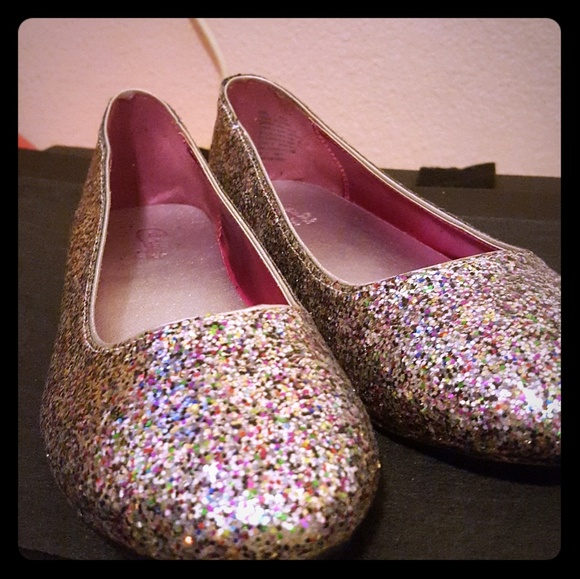 Candies Womens Glittery Flat Shoes